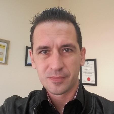 אלכס בורזק ניהול אתרים ושיווק